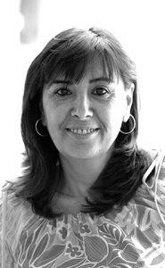 Nieves Concostrina, autora y locutora de radio. Historia